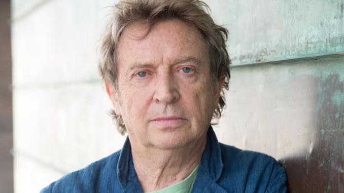 Legendary Police Guitarist Andy Summers Talks New Book <i>Fretted and Moaning</i>
