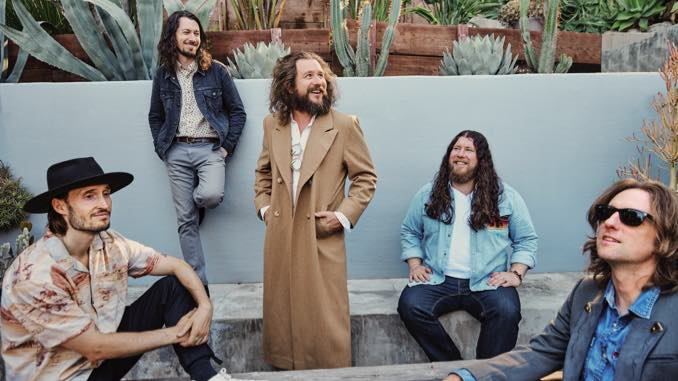 """My Morning Jacket Announce New Self-Titled Album, Share """"Regularly Scheduled Programming"""" Video"""