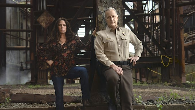 <i>American Rust</i>: Showtime's Adaptation Is Slow as Molasses