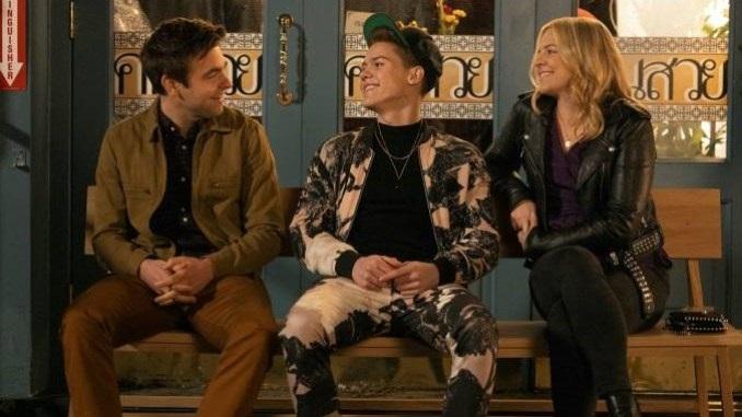 <i>The Other Two</i>: TV's Warmest Cringe Comedy