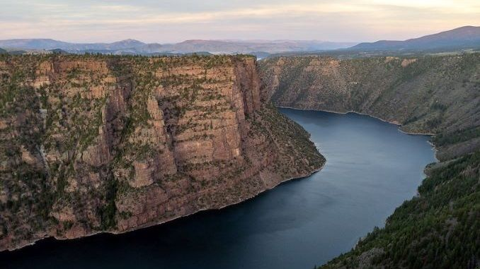 5 Ways The Trendy Flaming Gorge Reservoir Rivals Lake Powell