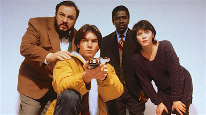 TV Rewind: Sorry <i>Loki</i>, but Jerry O'Connell in <i>Sliders</i> Is the True Master of the Multiverse