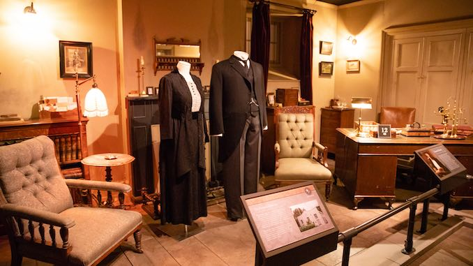 <i>Downton Abbey: The Exhibition</i> Has Arrived, and I Gawked Like a Peasant