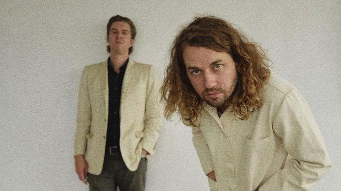"Kevin Morby and Hamilton Leithauser Share New Song, ""Virginia Beach"""