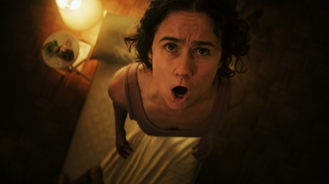 <i>Knocking</i>'s Horror Moodily Employs the Bumps in the Night