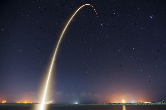3. spacex.jpg