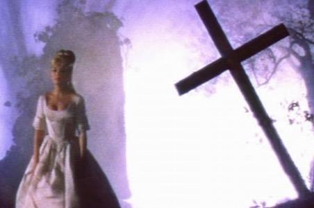 96-Top-100-Vampire-Films-BloodandRoses.jpg