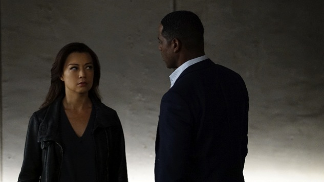 <i>Agents of S.H.I.E.L.D.</i> Review: &#8220;Chaos Theory&#8221;