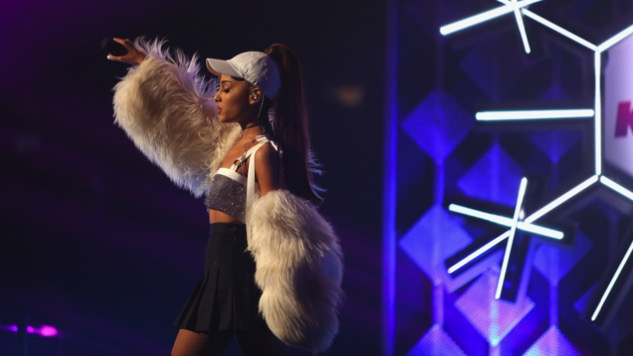 Ariana Grande to Hold Benefit Concert in Manchester