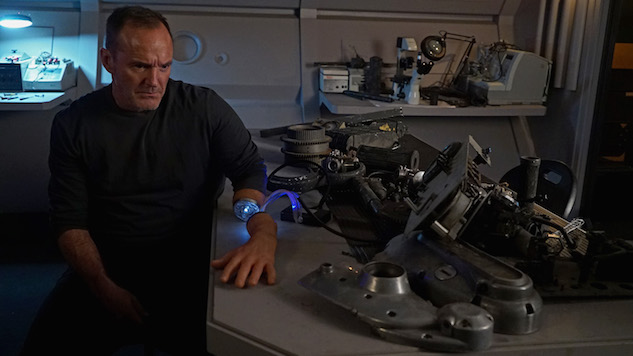<i>Agents of S.H.I.E.L.D.</i> Is Perfecting the Art of Going Big by Going Small