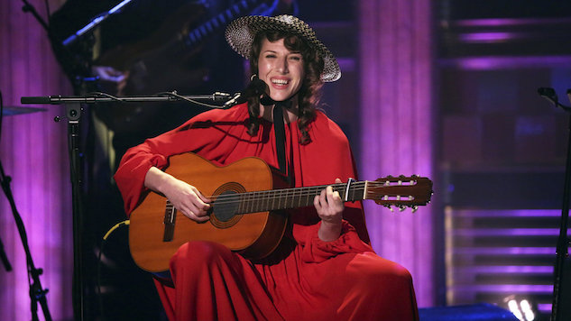 Watch Aldous Harding Make Her U.S. Late-Night Debut on <i>The Tonight Show</i>