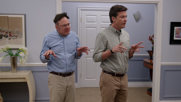 Jason Bateman Apologizes for Comments in <i>Arrested Development</i> Interview