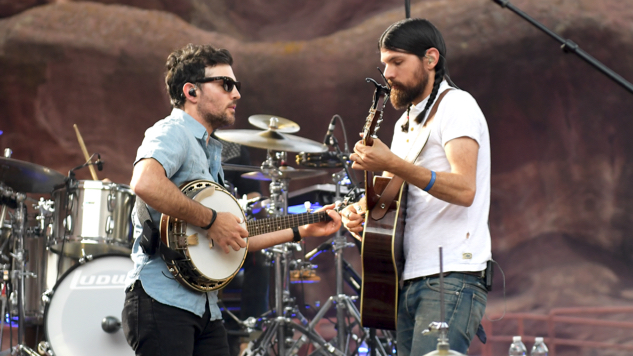 """The Avett Brothers Release New Single, """"Trouble Letting Go,"""" with Behind-the-Scenes Video"""