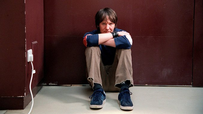 Elliott Smith Would've Turned 50 Today, Hear a Classic Live Performance from 1998