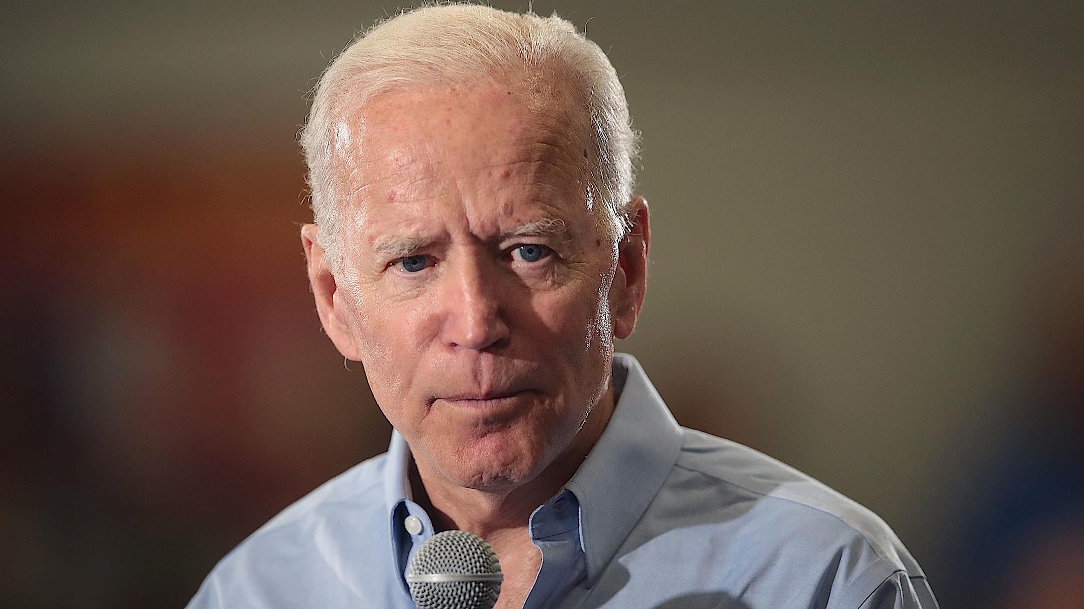 For Democrats, Joe Biden Is the Dangerous Choice That *Feels* Safe