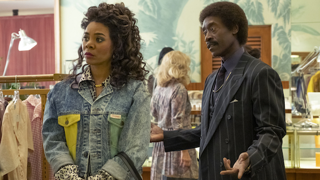 Don Cheadle and Regina Hall Steal Showtime's Wall Street Sitcom, <i>Black Monday</i>
