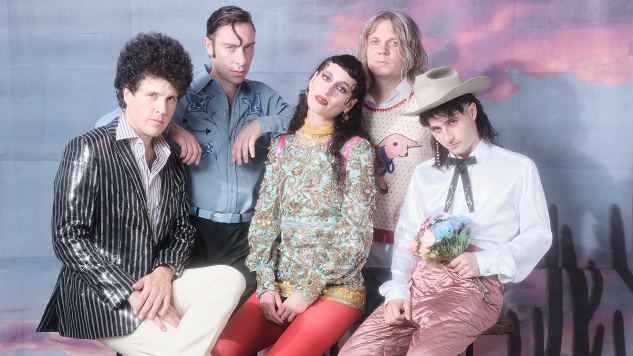 "Black Lips Announce New Album, Share Twangy Single ""Gentleman"""