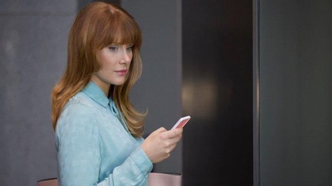 From <i>Black Mirror</i> to <i>American Housewife</i>, TV Takes on Female Frenemies