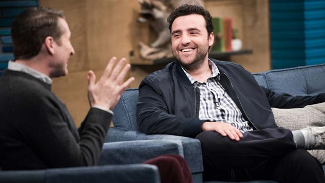 "<i>Comedy Bang! Bang!</i> Review: ""David Krumholtz Wears a Blue Zip-Up Jacket and Grey Sneakers"" (4.35)"