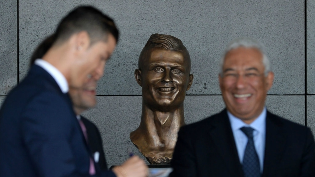 That Horrible Bust Of Cristiano Ronaldo: A Post-Structural Analysis