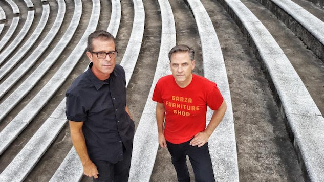 "Calexico Announce New Album, Share Illuminating Single ""End of the World With You"""