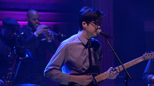 Watch Car Seat Headrest Play Drunk Drivers Killer Whales With The Roots On Tonight Show Music Video Paste