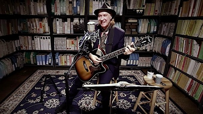 "Exclusive: Watch Dave Davies Perform His Greatest Kinks Song, ""Strangers,"" at Paste"
