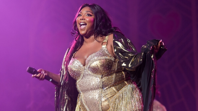 "Lizzo Covers Harry Styles' ""Adore You"" After His Cover of ""Juice"""