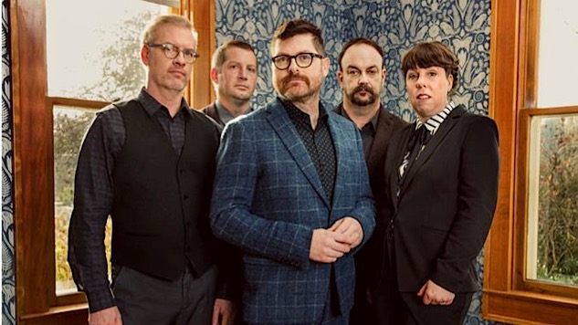 The Decemberists Make the Album of Their Lives With <i>I'll Be Your Girl</i>