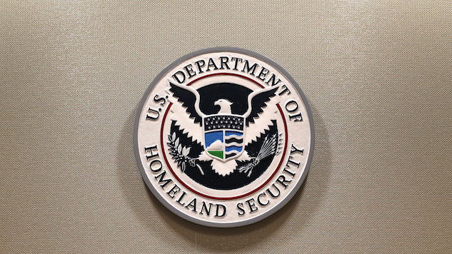 DHS Agents Carry Out Scare Tactic, Interrupting CBS Interview with ICE Whistleblower