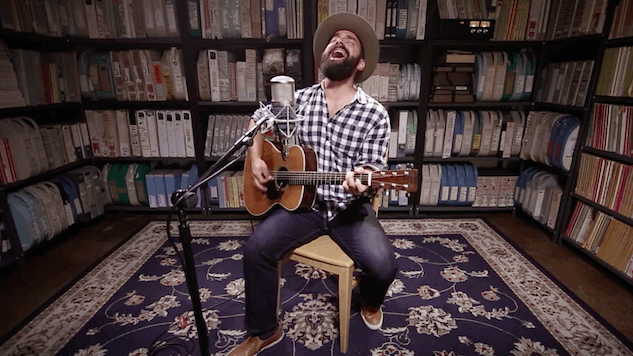 Paste Sessions: Watch Troubadour Drew Holcomb Fight for Love