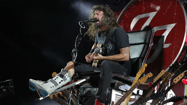 Dave Grohl Pretends to Rebreak Leg Onstage to Swedish Audience's Collective Horror
