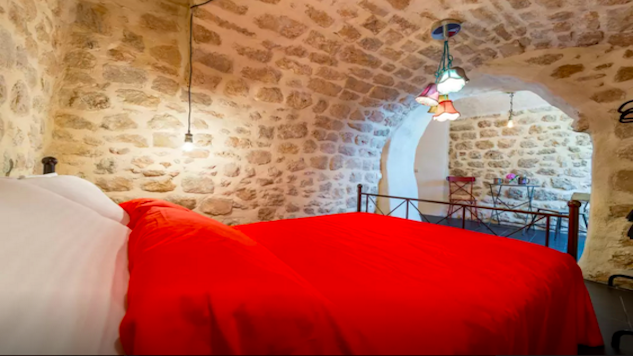 10 Awesome Airbnbs in Dubrovnik, Croatia