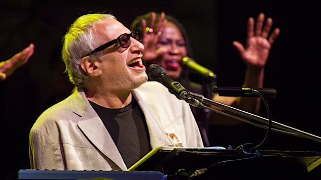 "Watch Steely Dan Play ""Book of Liars"" for Walter Becker"