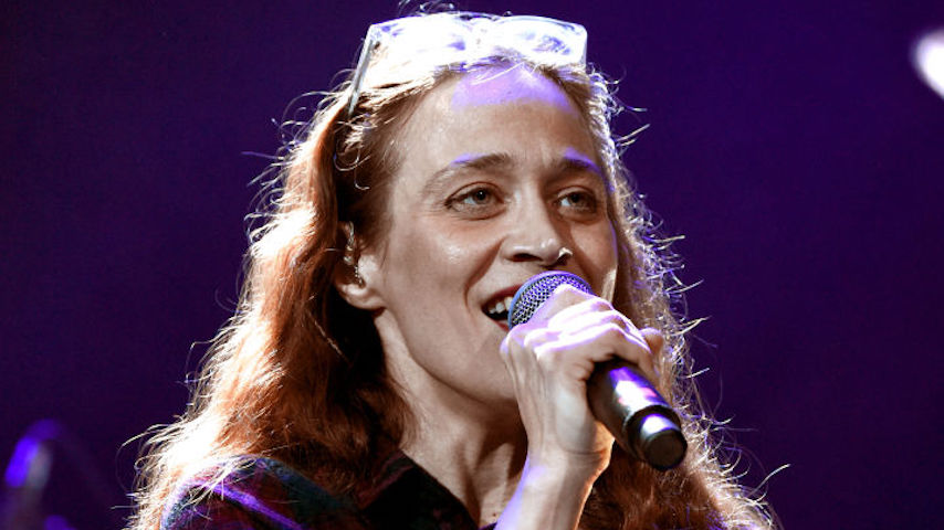 Fiona Apple Reveals Her New Album Will Be Named After a Gillian Anderson Quote