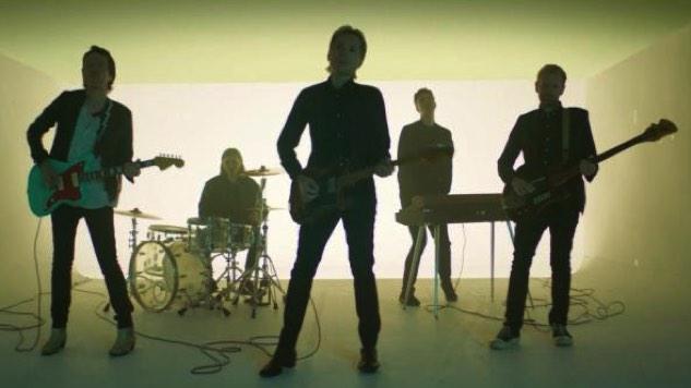 """Dance Rock Goes Zero Gravity in Franz Ferdinand's New Video """"Always Ascending"""""""
