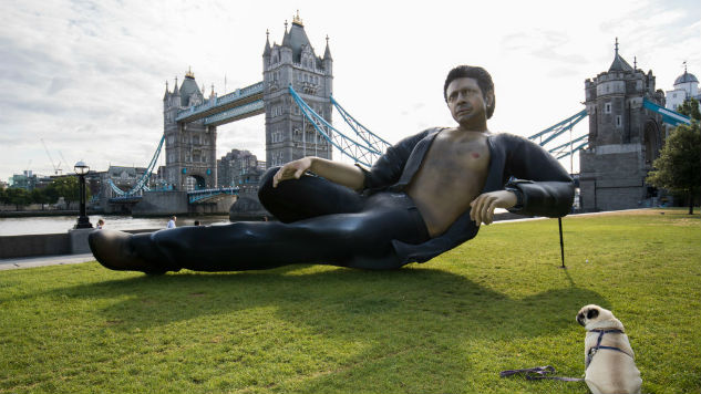 Giant, Shirtless Jeff Goldblum Statue Unveiled in London, Is More Warmly Received Than Trump