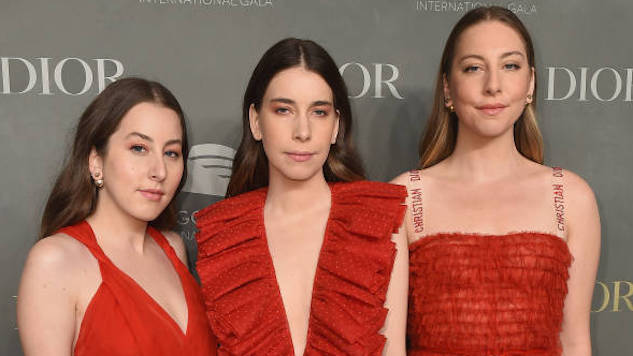 Haim Say They Dropped Their Agent After Earning 10 Times Less Than a Male Counterpart at the Same Festival