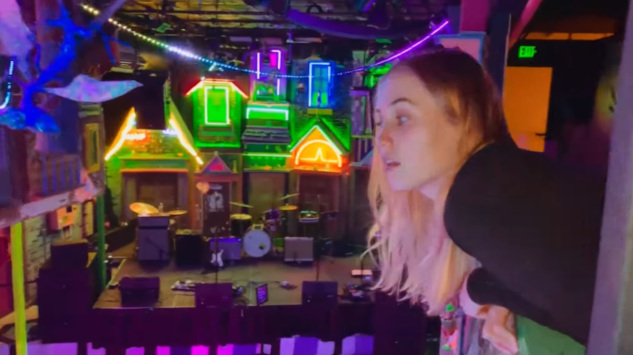 """Have a Blast on Tour with Hatchie in Her Video for New Single """"Obsessed"""""""