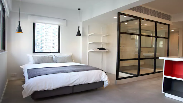 10 Affordable Airbnbs in Hong Kong