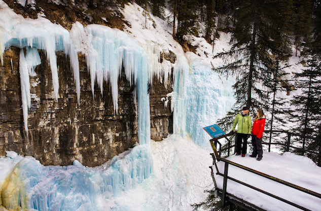 Ice_Walking_Johnston_Canyon_Bow_Valley_Parkway_2_credit Banff Lake Louise Tourism_Paul Zizka Photography.jpg