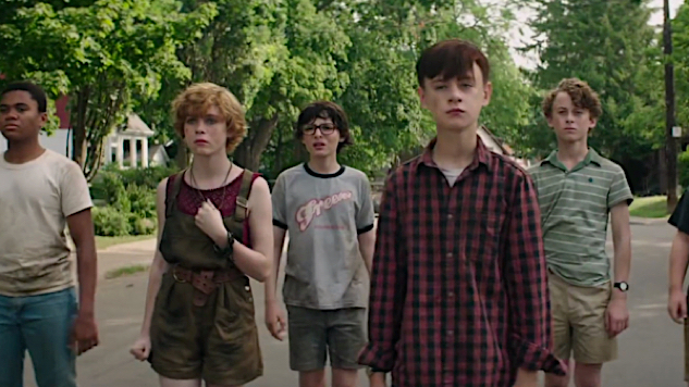 See The Losers All Grown Up in First <i>It: Chapter Two</i> Cast Photo