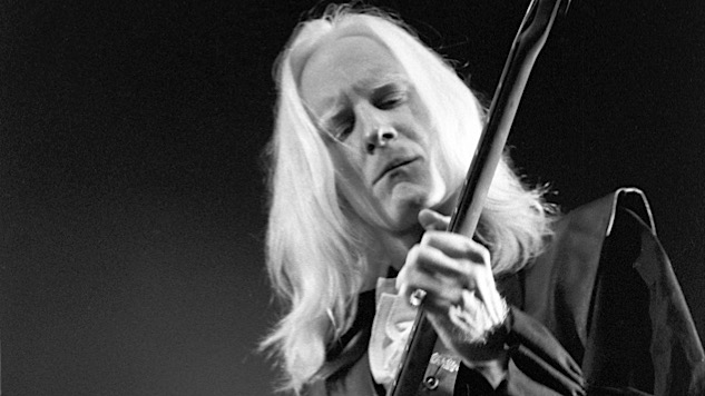 Listen to Johnny Winter Go Wild on Two Chuck Berry Classics in 1976