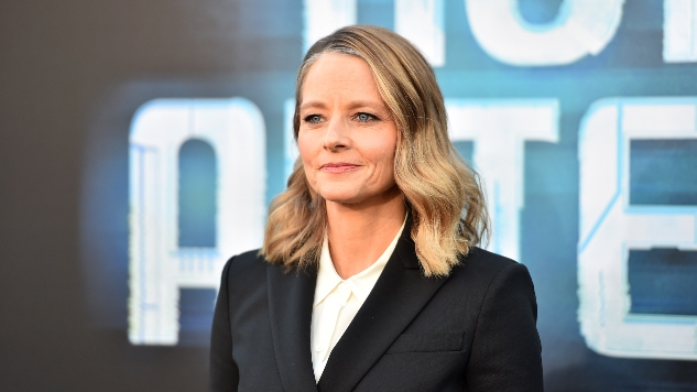 Jodie Foster to Direct, Star in English Adaptation of <i>Woman At War</i>