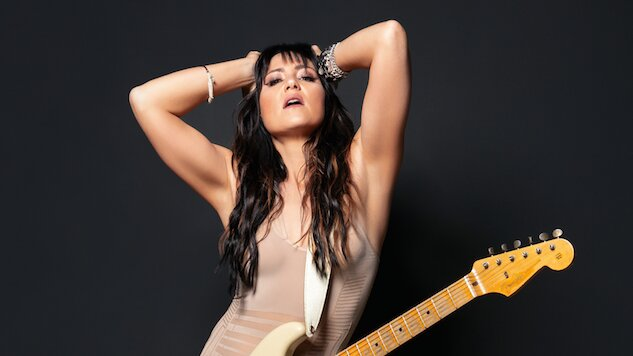 """Exclusive: KT Tunstall Shares Acoustic Video for """"Human Being"""""""