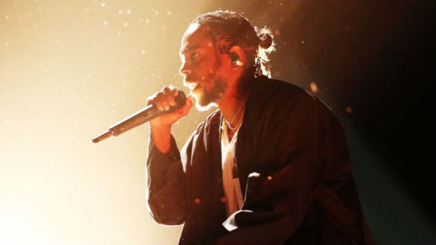 Kendrick Lamar Accepts Pulitzer Prize for Music for <i>DAMN.</i>