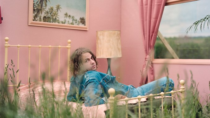 Kevin Morby Announces New Album <i>Sundowner</i>, Shares First Single