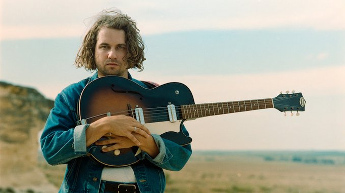 """Kevin Morby Shares New Single """"US Mail"""""""