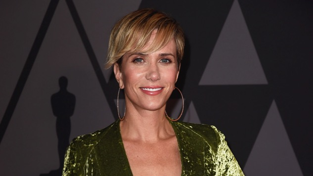 <i>Wonder Woman 1984</i> Director Patty Jenkins Shares First Look at Kristen Wiig's Cheetah