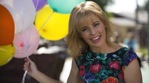 Netflix's <i>Lady Dynamite</i> Delivers A Poignant Episode for White People Concerned About Race